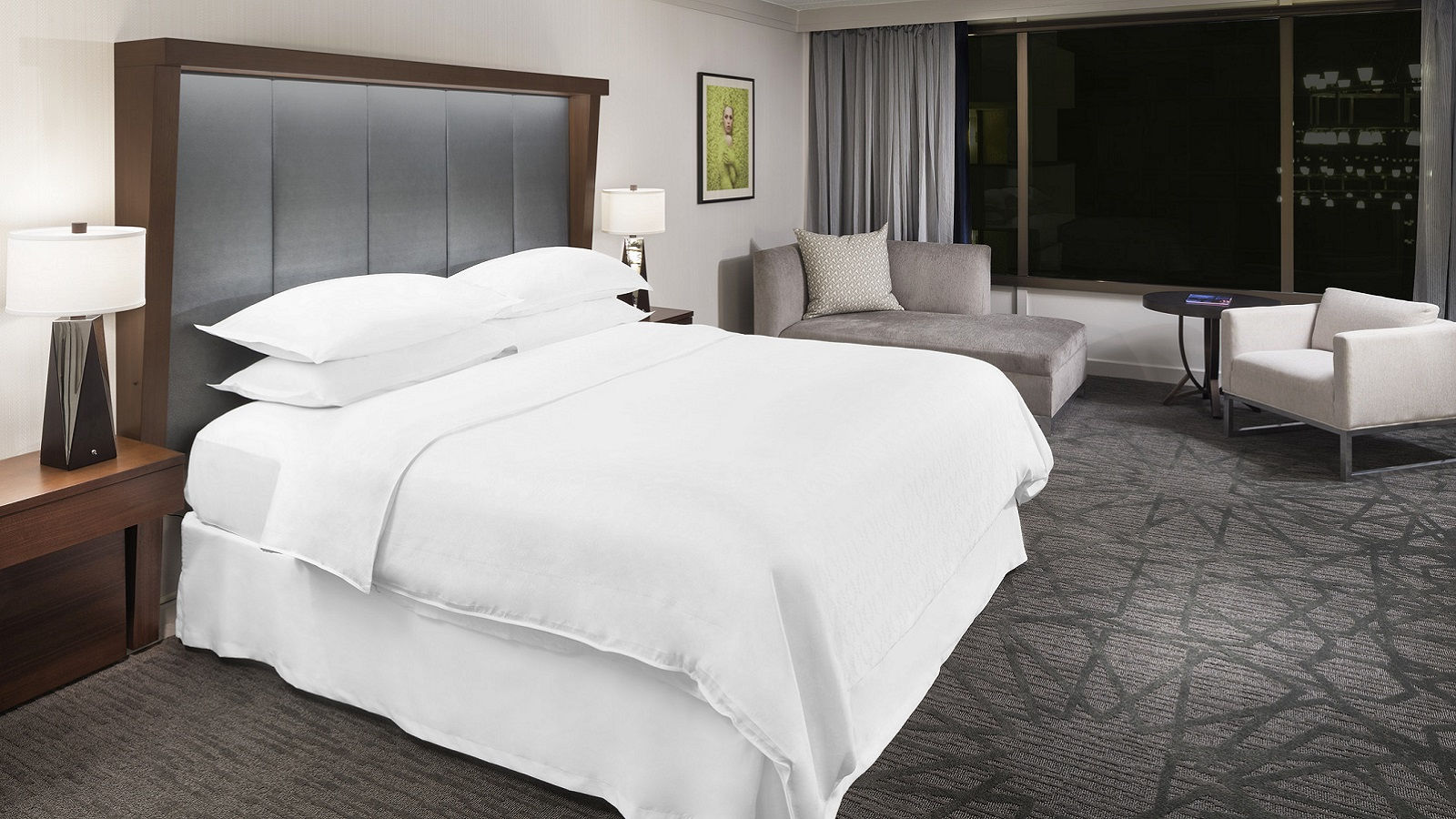 Sheraton Bloomington Hotel Accommodations | Suite